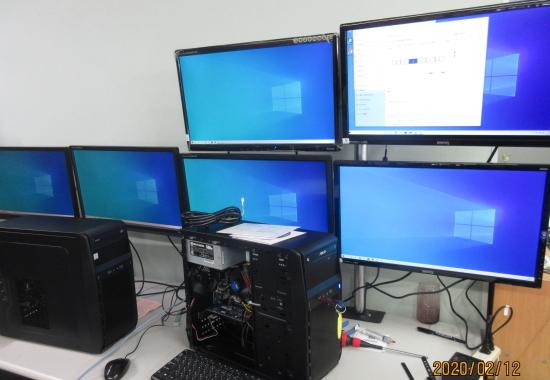 6画面PC完成