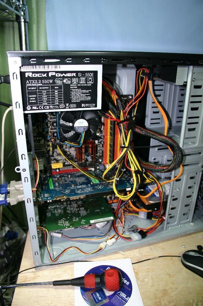 修理中のPC